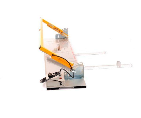 Styrox-leikkauslaite